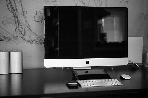 Apple computer - Photo by Chris Jagers