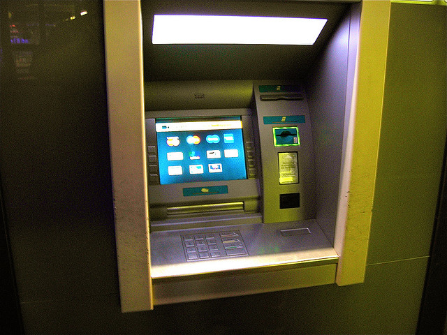 Three Top Tips For Managing Your Money - Cash Machine