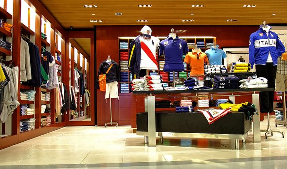 How Store Displays Are Important To And Enhance Sales