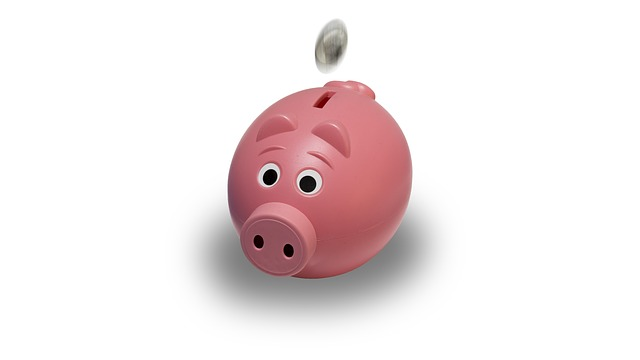 What Does The UK Interest Rate Cut Mean For Savers? - Savings Piggy Bank