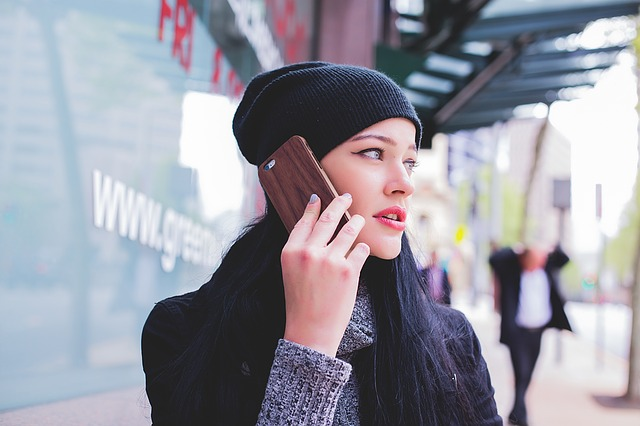 5 Key Steps To A Successful Marketing Campaign - Women Using Mobile Phone
