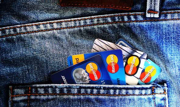 dumbfunded.co.uk - Paul - Paying by Credit or Debit Card? Now There's No More Nasty Hidden Charges
